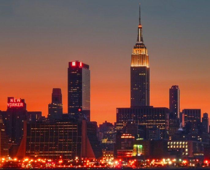 New York City Empire State 2010.jpg