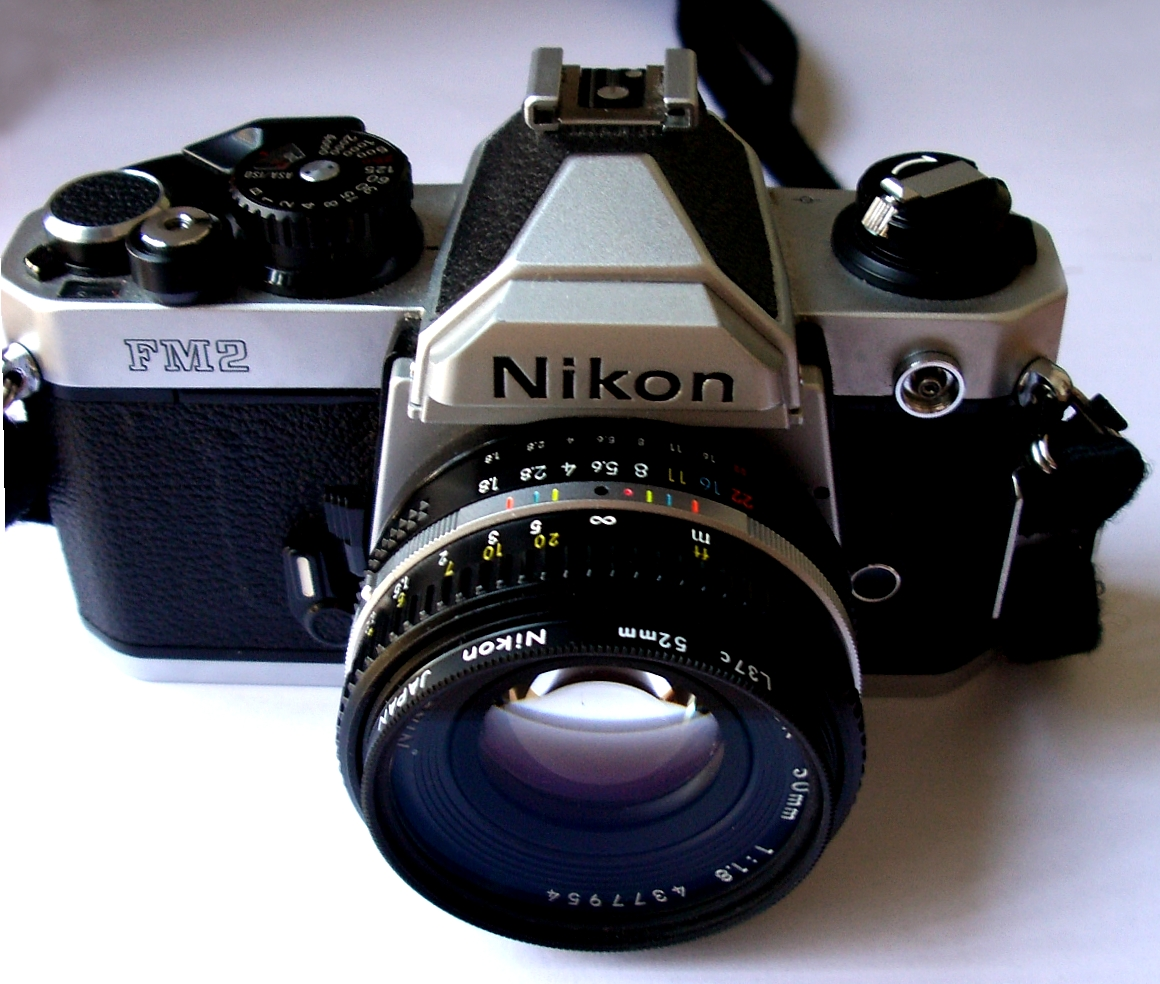 File:Nikon FM2.jpg - Wikimedia Commons