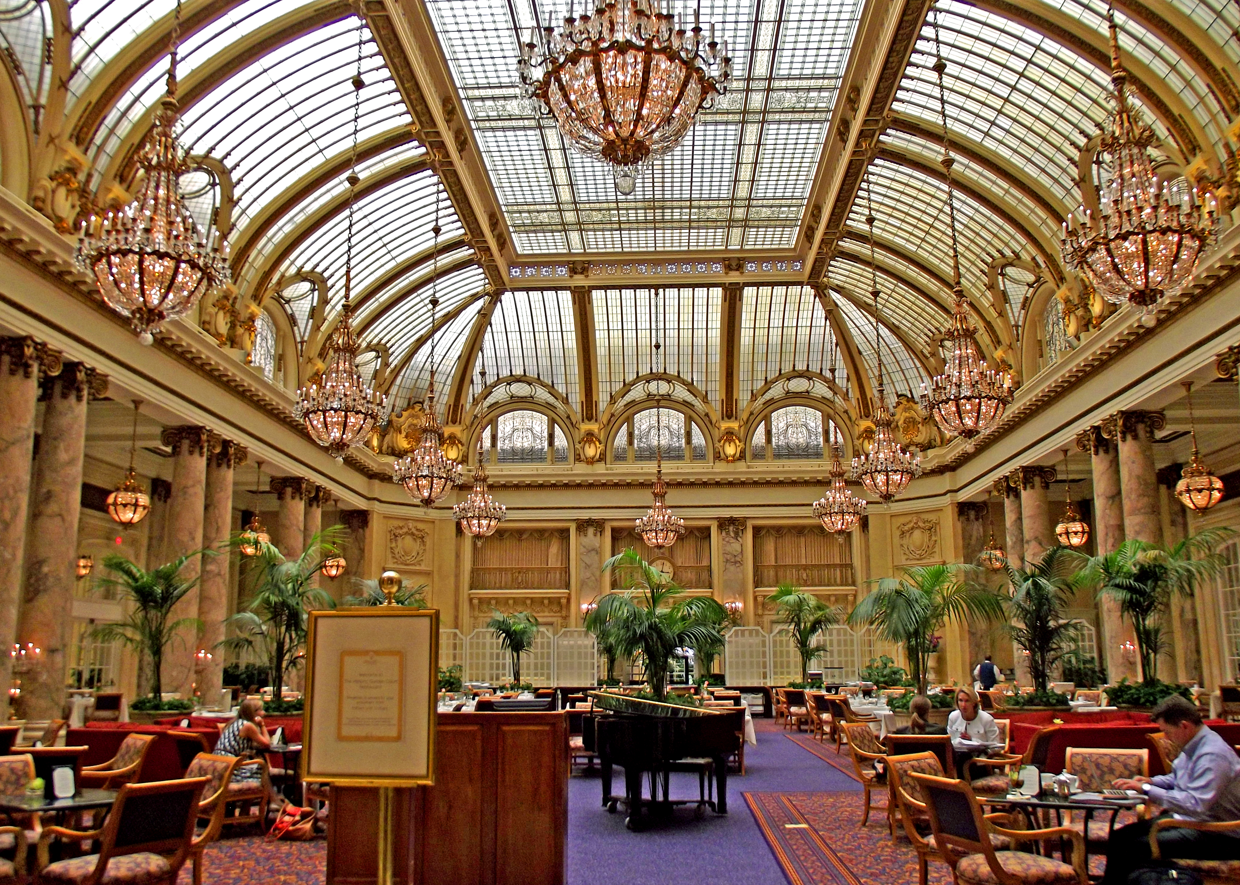 File:Palace Hotel, Garden Court Restaurant 2.jpg - Wikimedia Commons