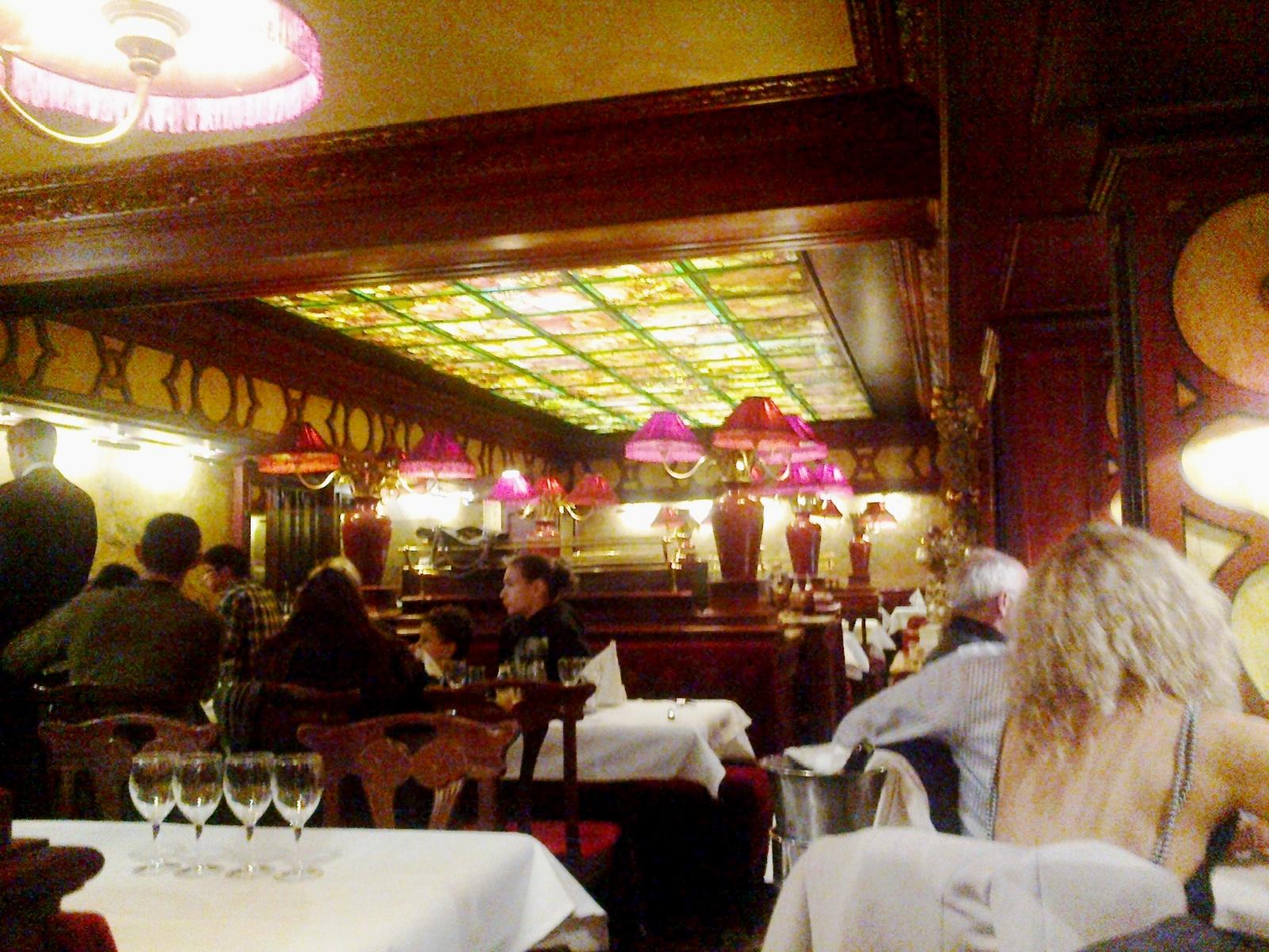 File:Paris Grand Cafe Capucines Salle 05012013 - panoramio.jpg ...