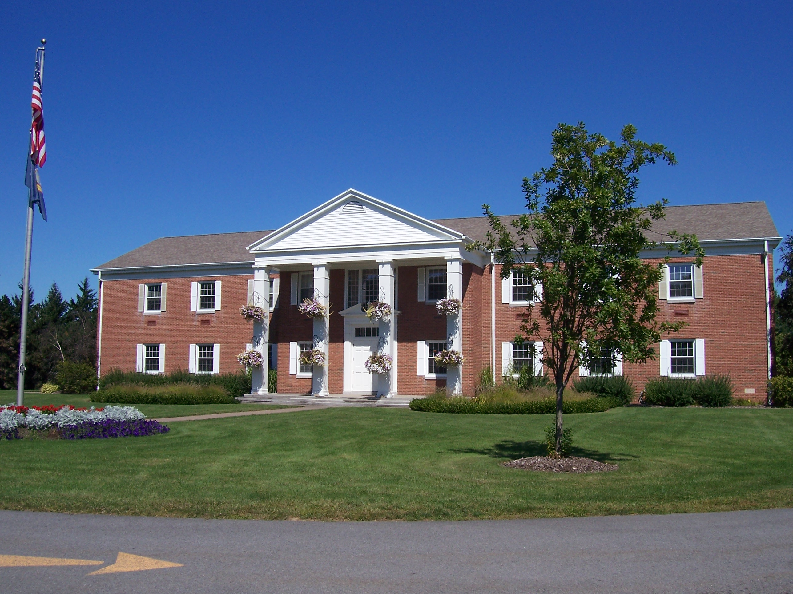 File penfield new york town hall jpg wikipedia the free