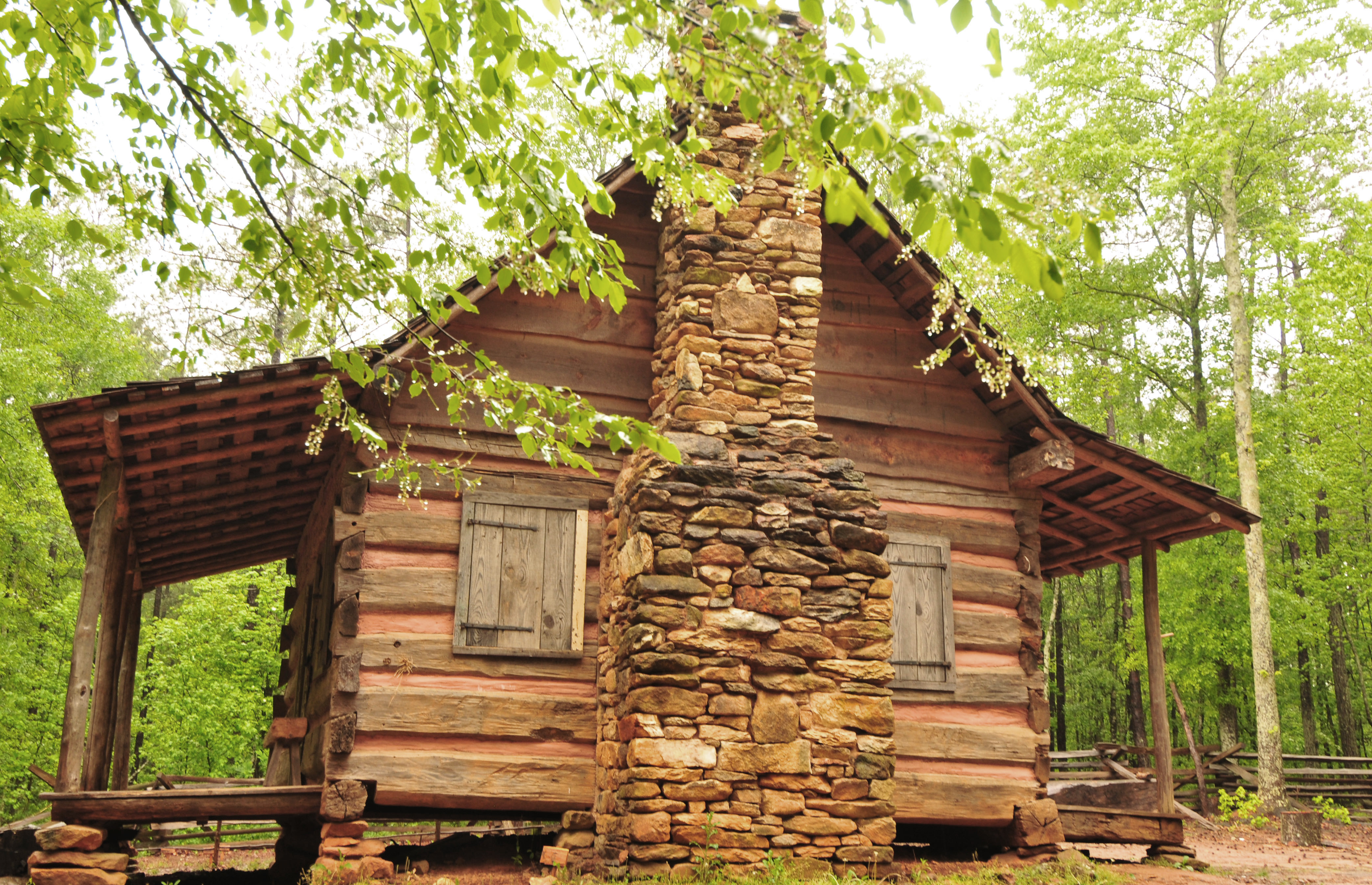 eco kitchen cabins accommodations hotels ga hotel dahlonega barefoot cabin hills ecocabin in