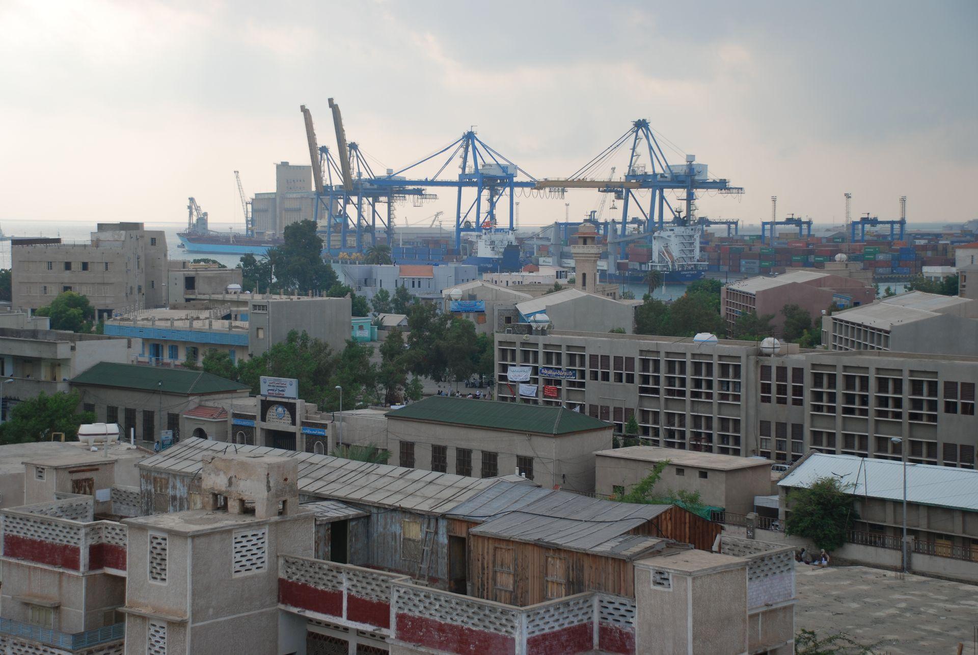 إعلان حظر التجوال الشامل ببورتسودان