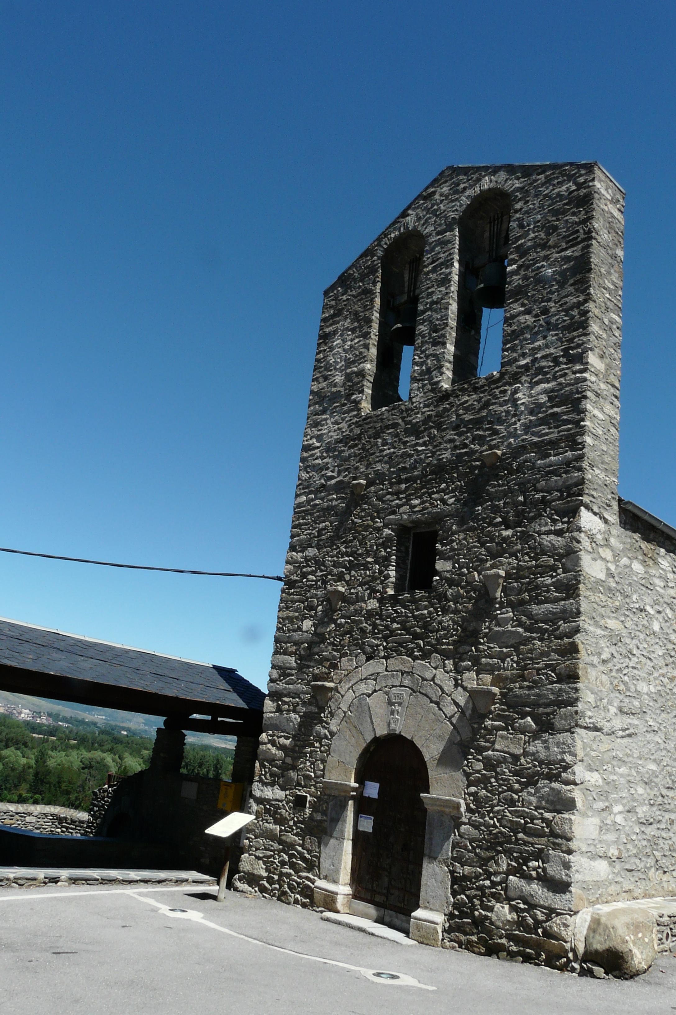 Iglesia de San Cosme y San Damián de Queixans