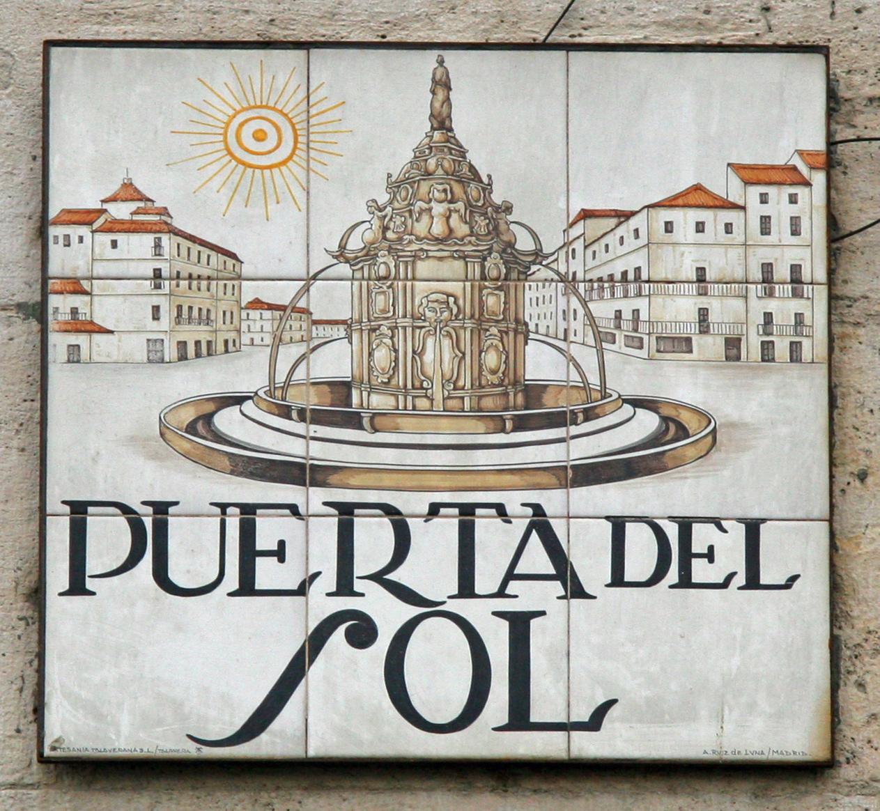 Archivo Puerta Del Sol Madrid Wikipedia La