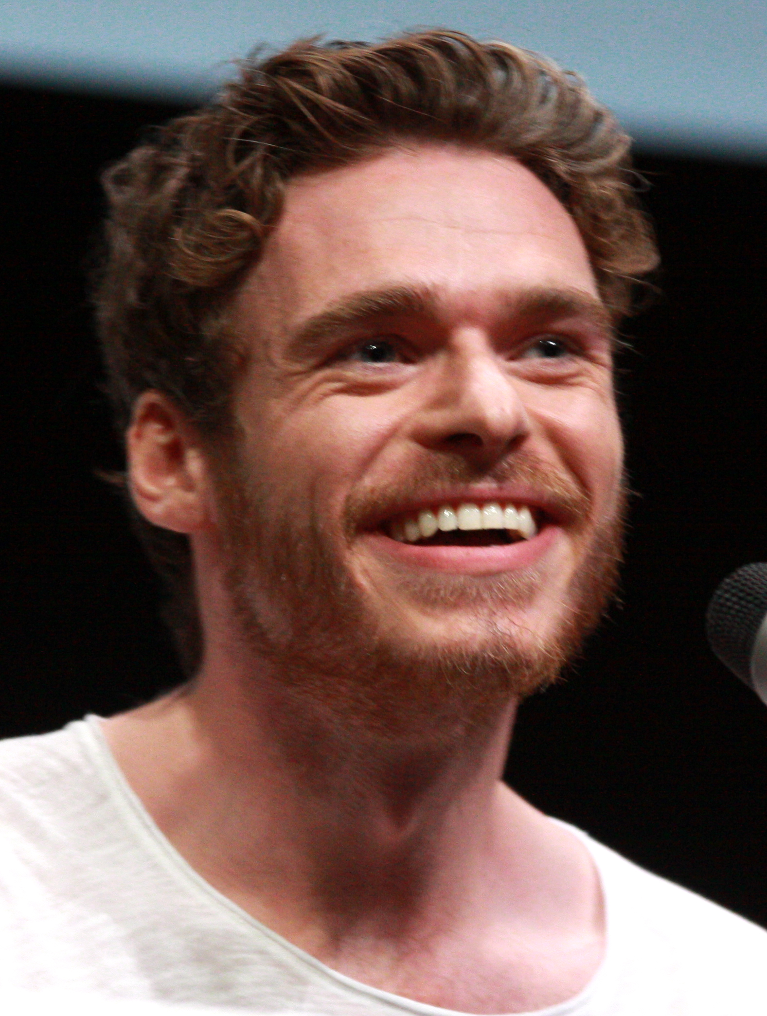 The 32-year old son of father Richard and mother Pat Richard Madden in 2018 photo. Richard Madden earned a 6 million dollar salary - leaving the net worth at  million in 2018