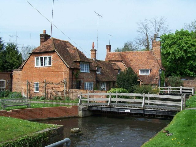 River Pang in Bradfield, Berkshire