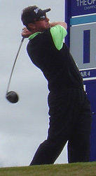 English: Robert Allenby teeing off at the 2004...
