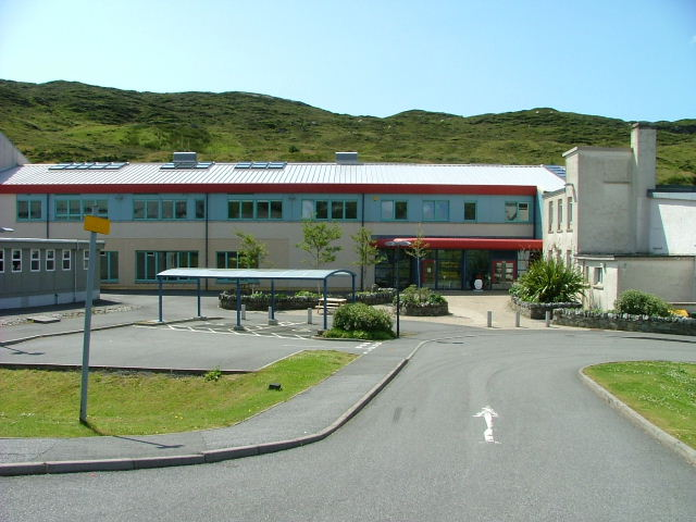 Sir Edward Scott Junior Secondary School - geograph.org.uk - 1390447.jpg