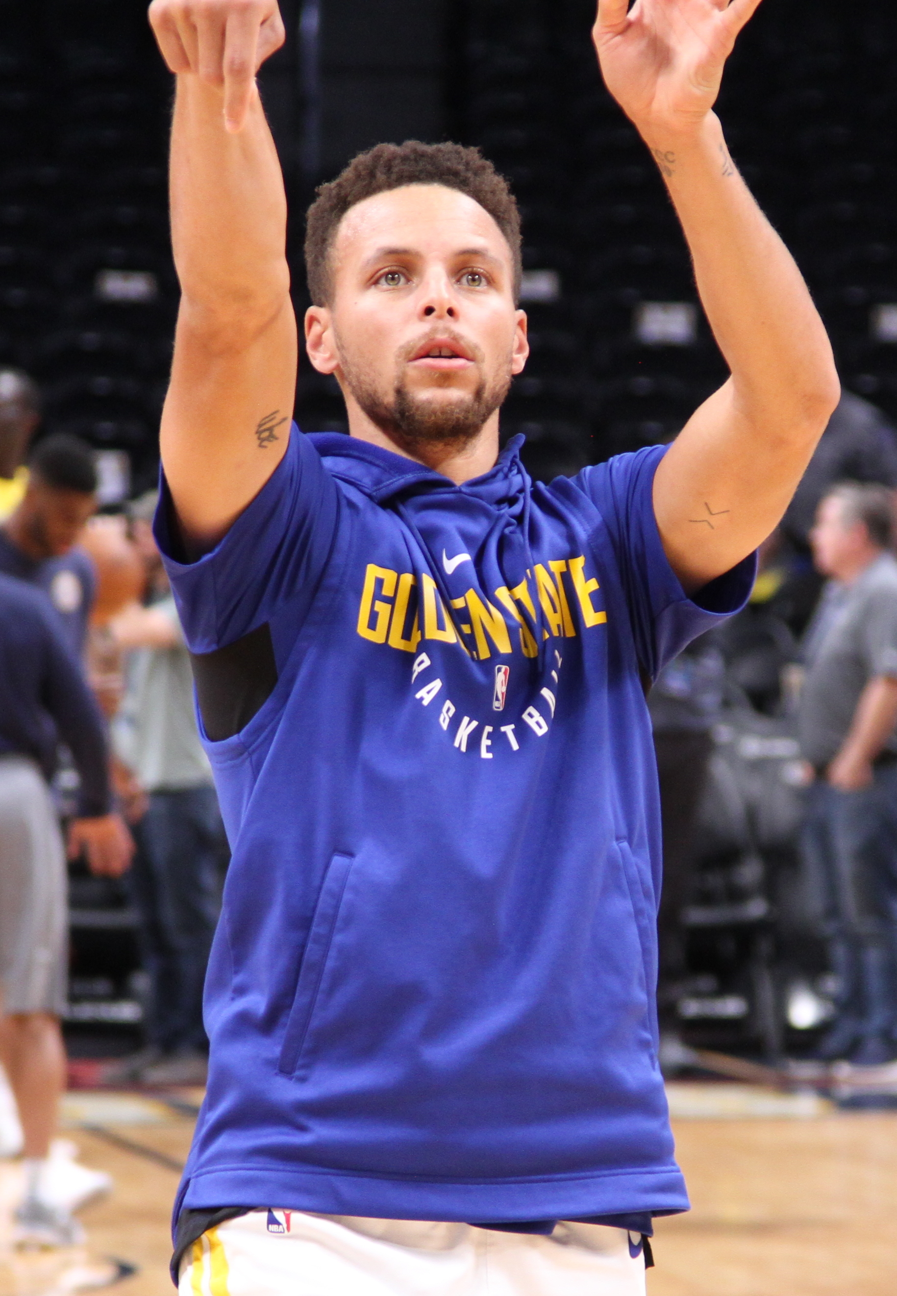 wholesale dealer 7db71 d4947 Stephen Curry - Wikipedia
