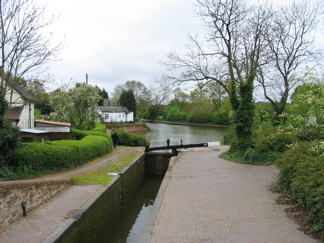 Stratford-upon-Avon Canal at Kingswood Junction - geograph.org.uk - 155807