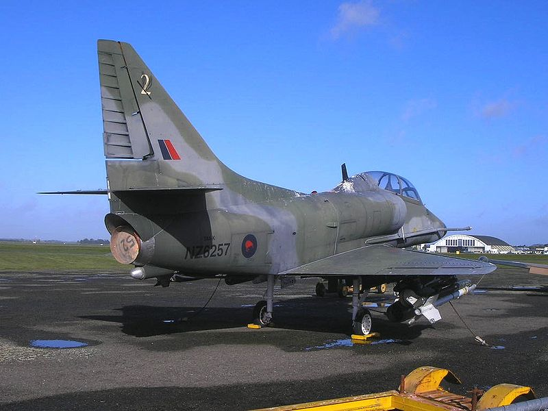 ゼネラル・エレクトリック J47 ターボジェット 4基(23 kN)МиГ-25 [無断転載禁止]©2ch.netYouTube動画>1本 ->画像>681枚