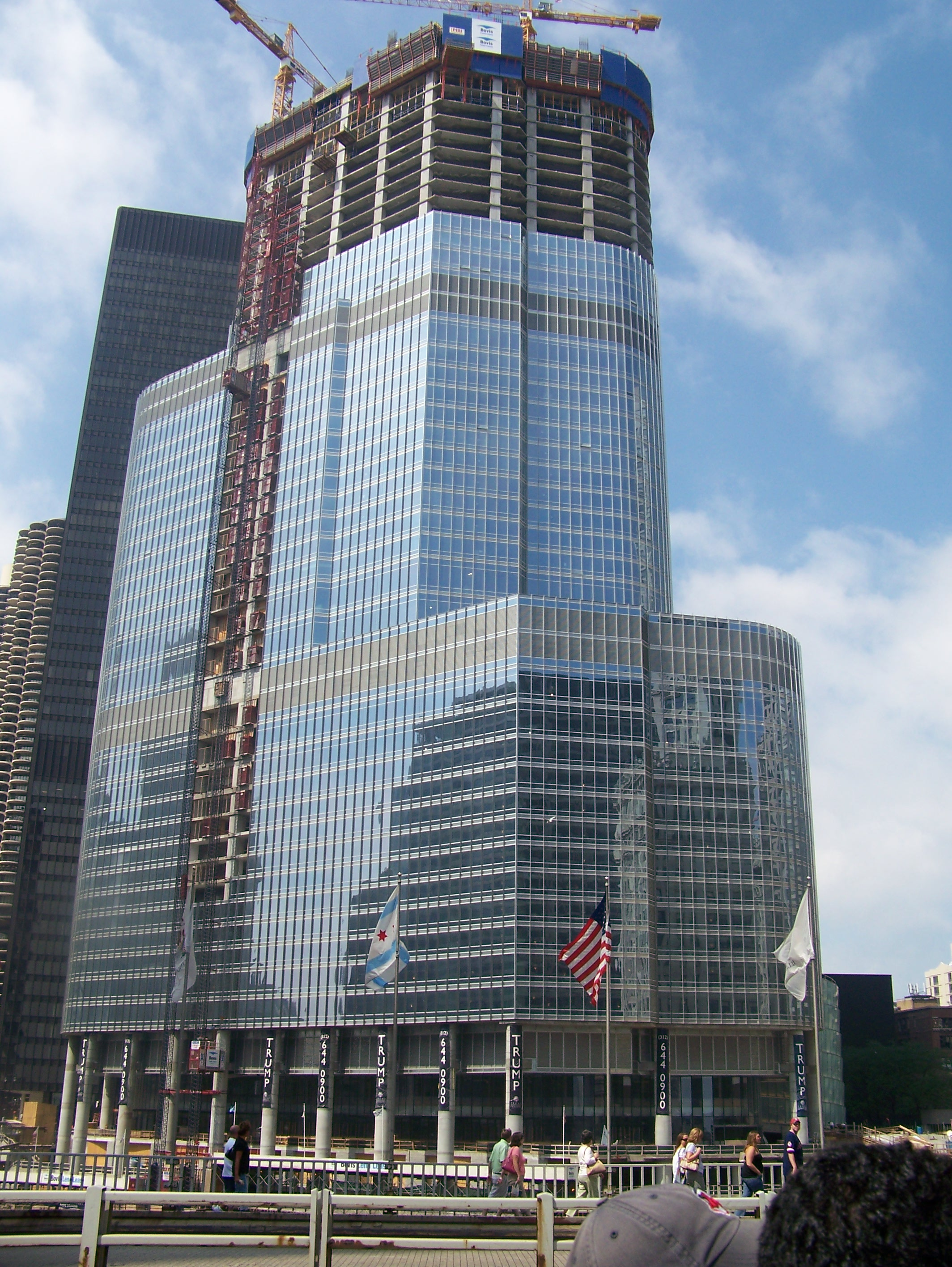 Trump hotels chicago 2018 world 39 s best hotels for Hotel accommodations chicago