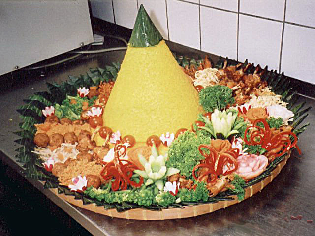 Language, Culture, and Cuisine Tumpeng-Jawa