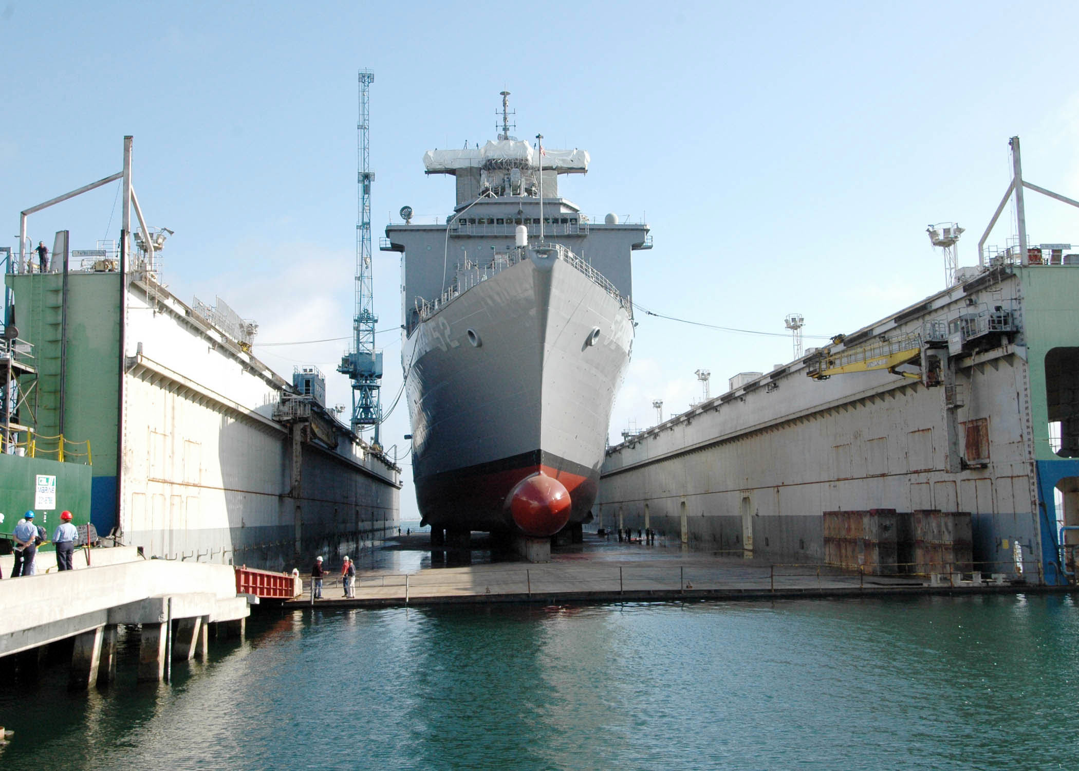 File Us Navy 060519 N 0209m 049 The Amphibious Dock