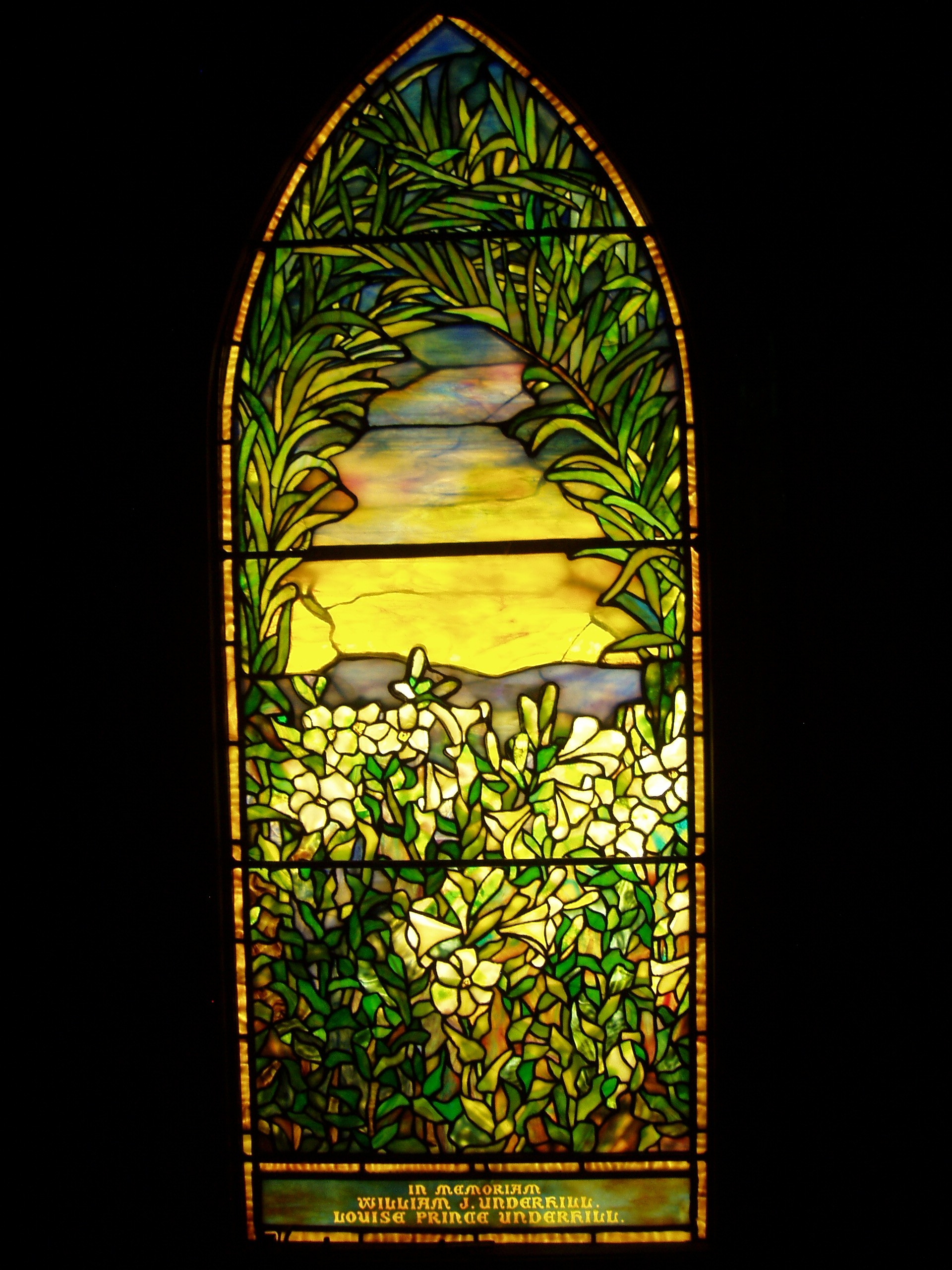 Tiffany Underhill_Memorial_-_Tiffany_Glass_%26_Decorating_Company,_c._1880