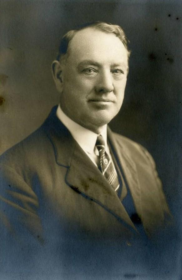 William E. Slemmons - Wikipedia