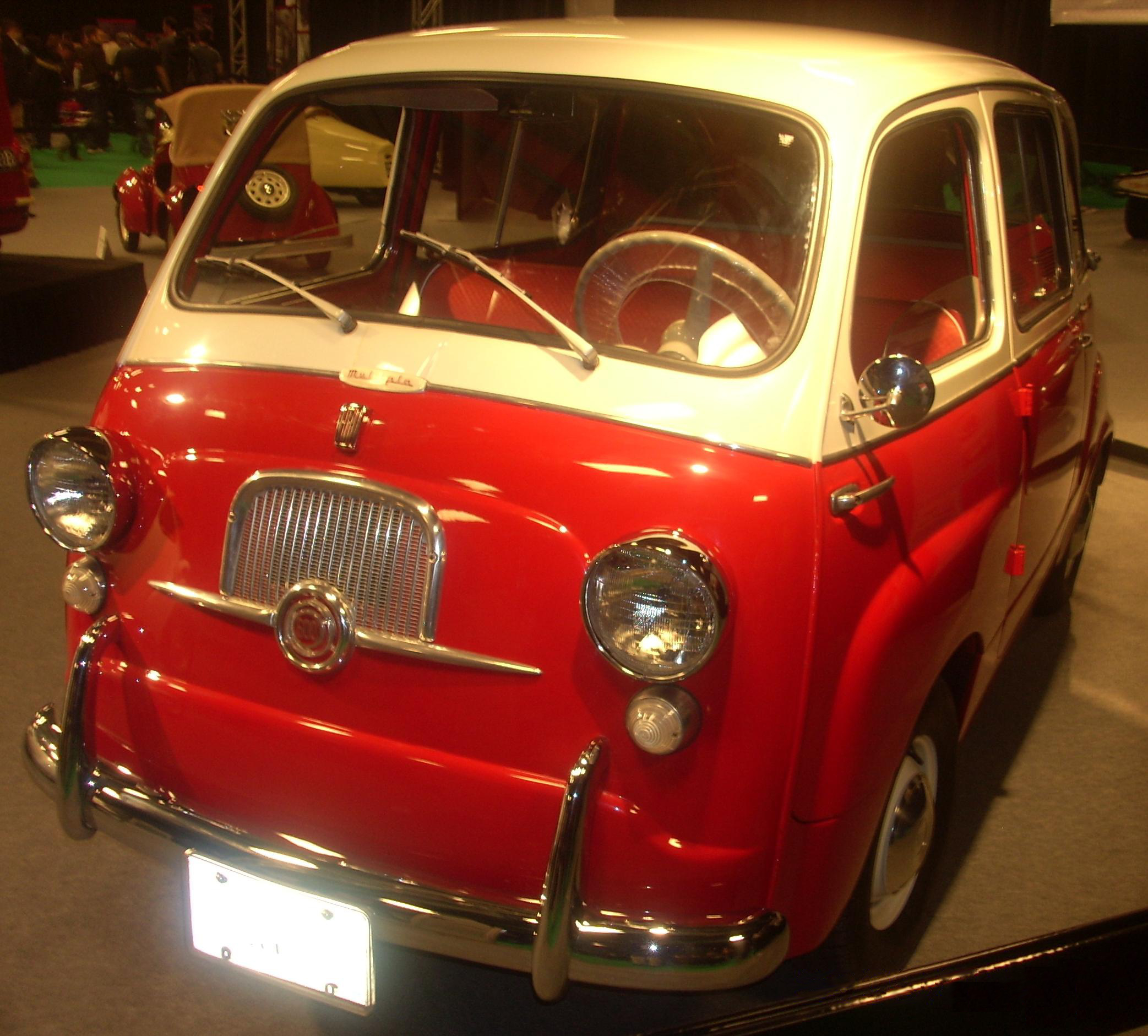 File:'59 Fiat 600 Multipla (MIAS '10).JPG - Wikimedia Commons