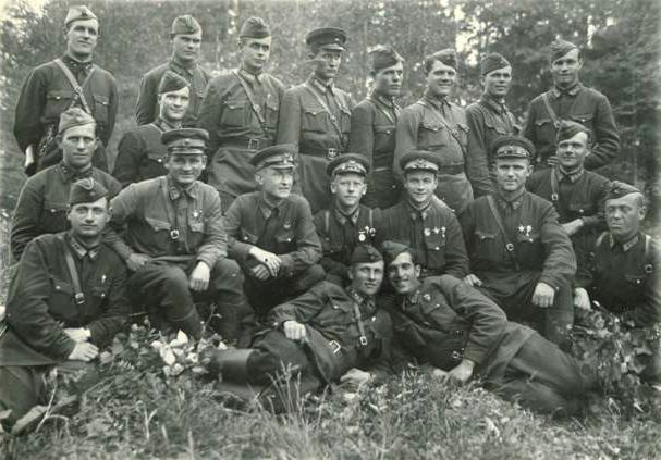 Сформированных сформированных шести воздушно-десантных бригад в саперные состав вошли воздушно -десантных с