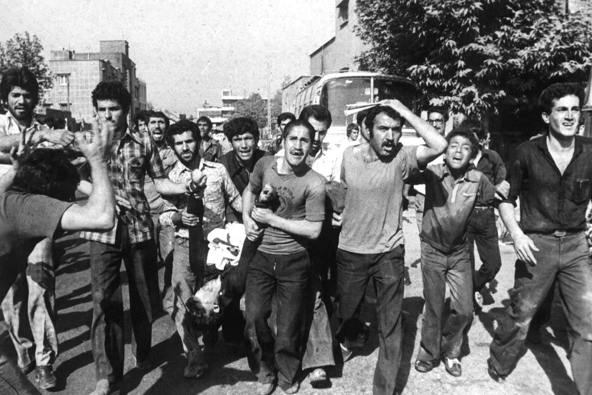 iranian revolution Evaluate the role of islamic fundamentalism in the 1979 iranian revolution (1200) various factors influenced the 1979 iranian revolution, but at the core of this significant event was.