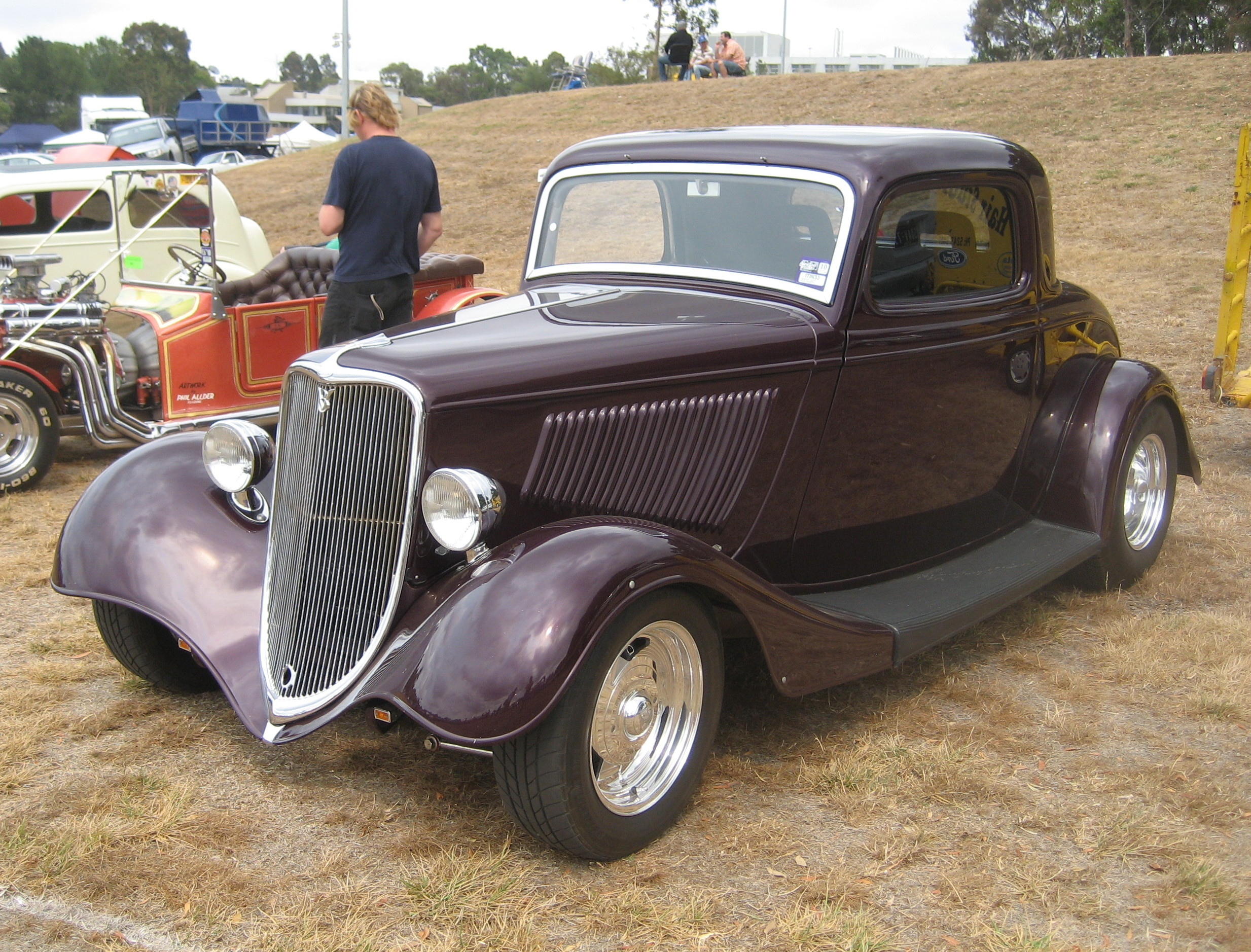 1933 3 coupe ford window