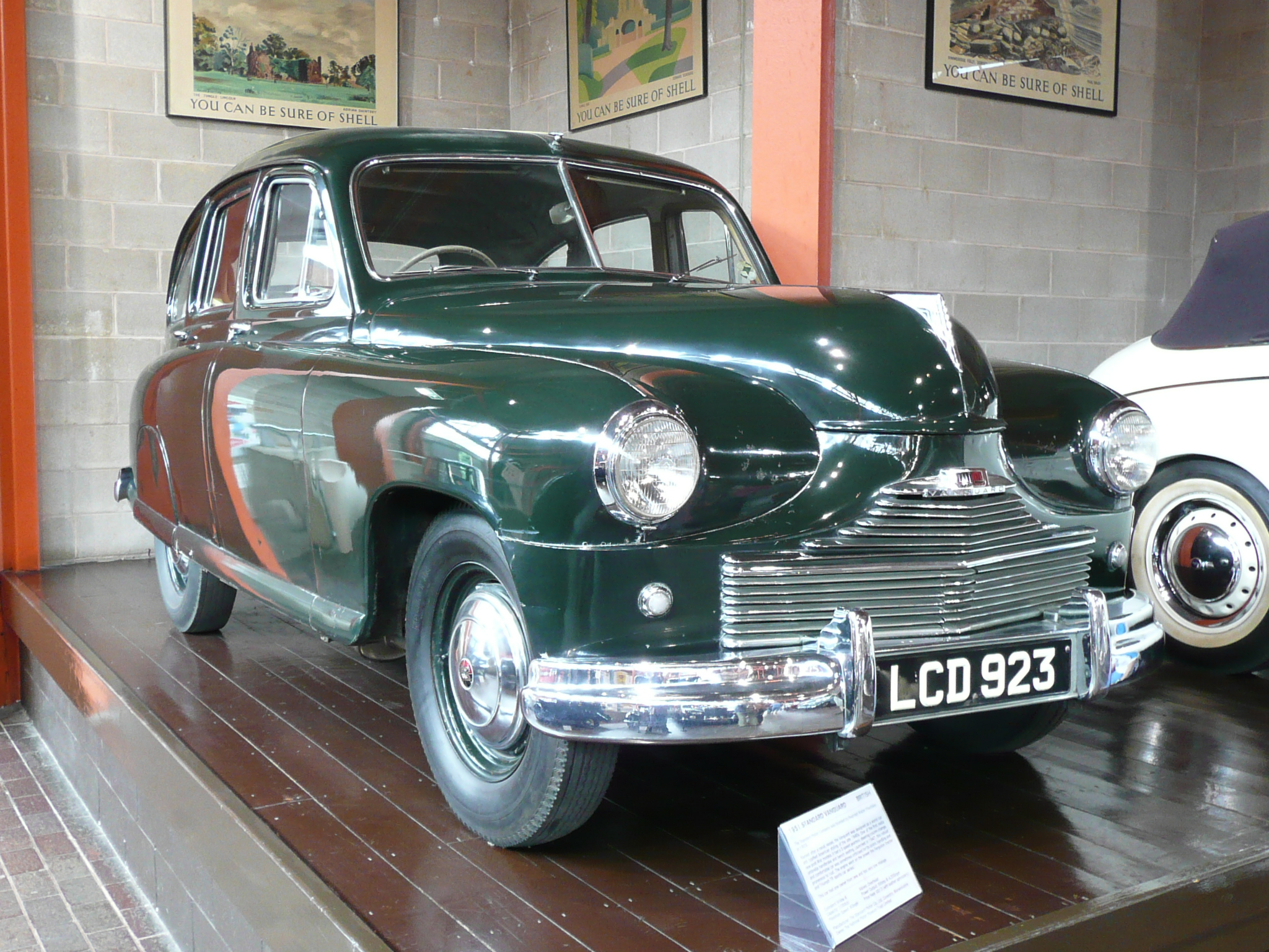 File:1951 Standard Vanguard.JPG - Wikimedia Commons