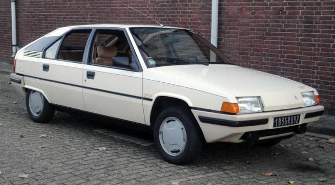 File:1985 Citroën BX GT front.jpg
