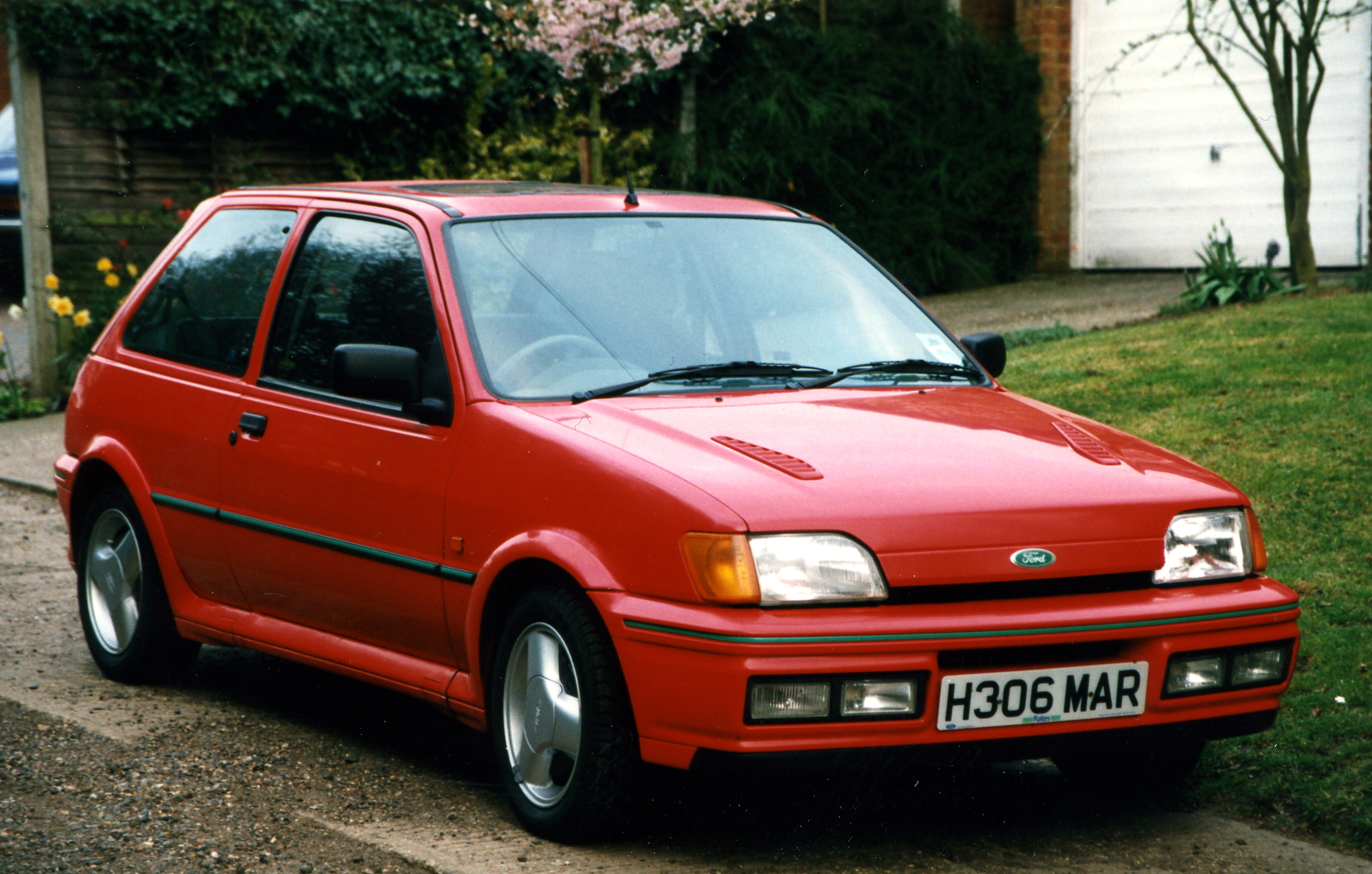 xr2i ford fiesta 1 8 16v 130hp and 105hp who knows the. Black Bedroom Furniture Sets. Home Design Ideas