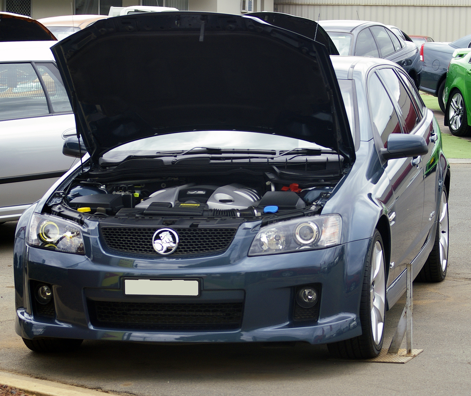 File2008 holden ve commodore my09 ss v sportwagong file2008 holden ve commodore my09 ss v sportwagong vanachro Images