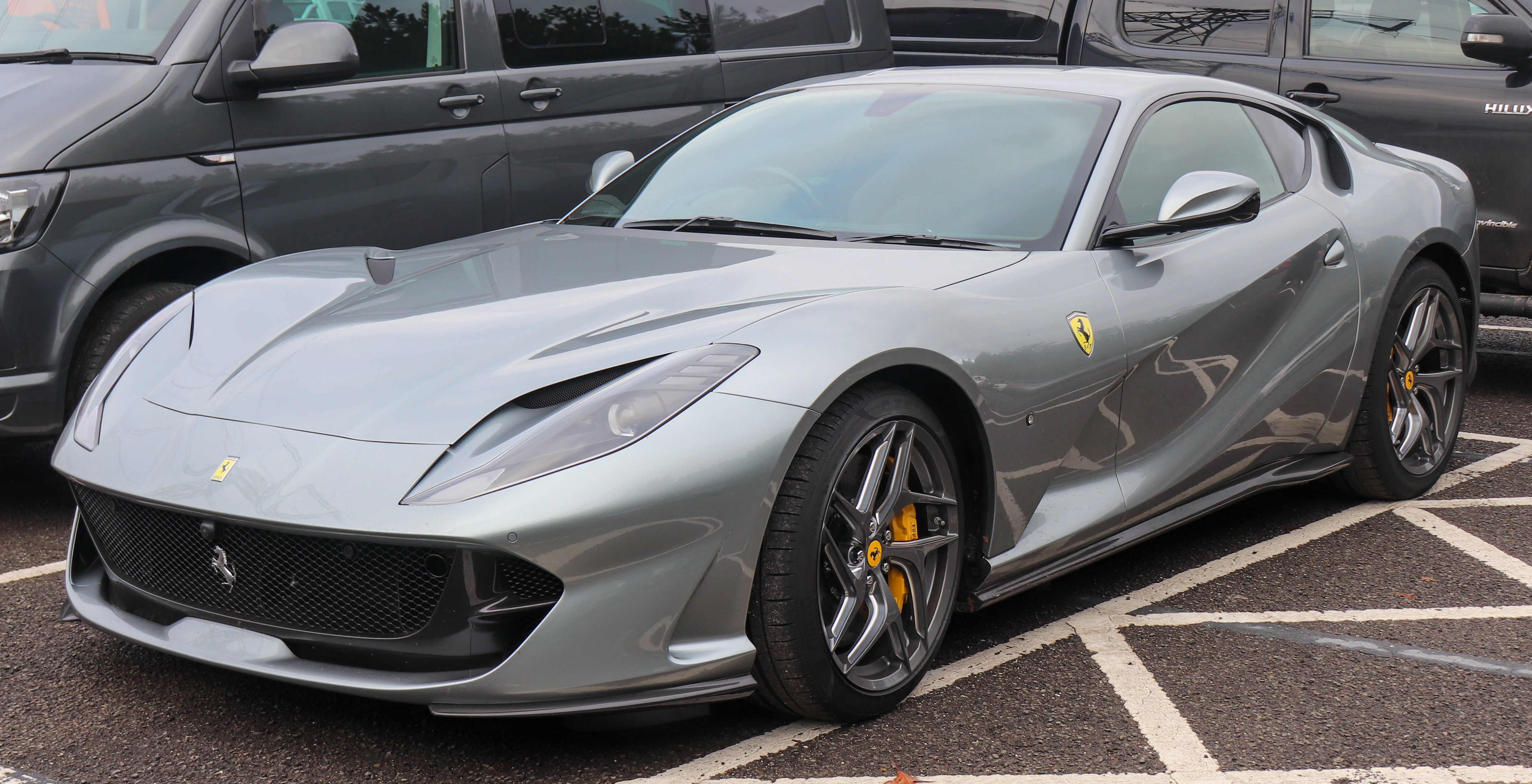 Ferrari 812 Superfast Wikipedia