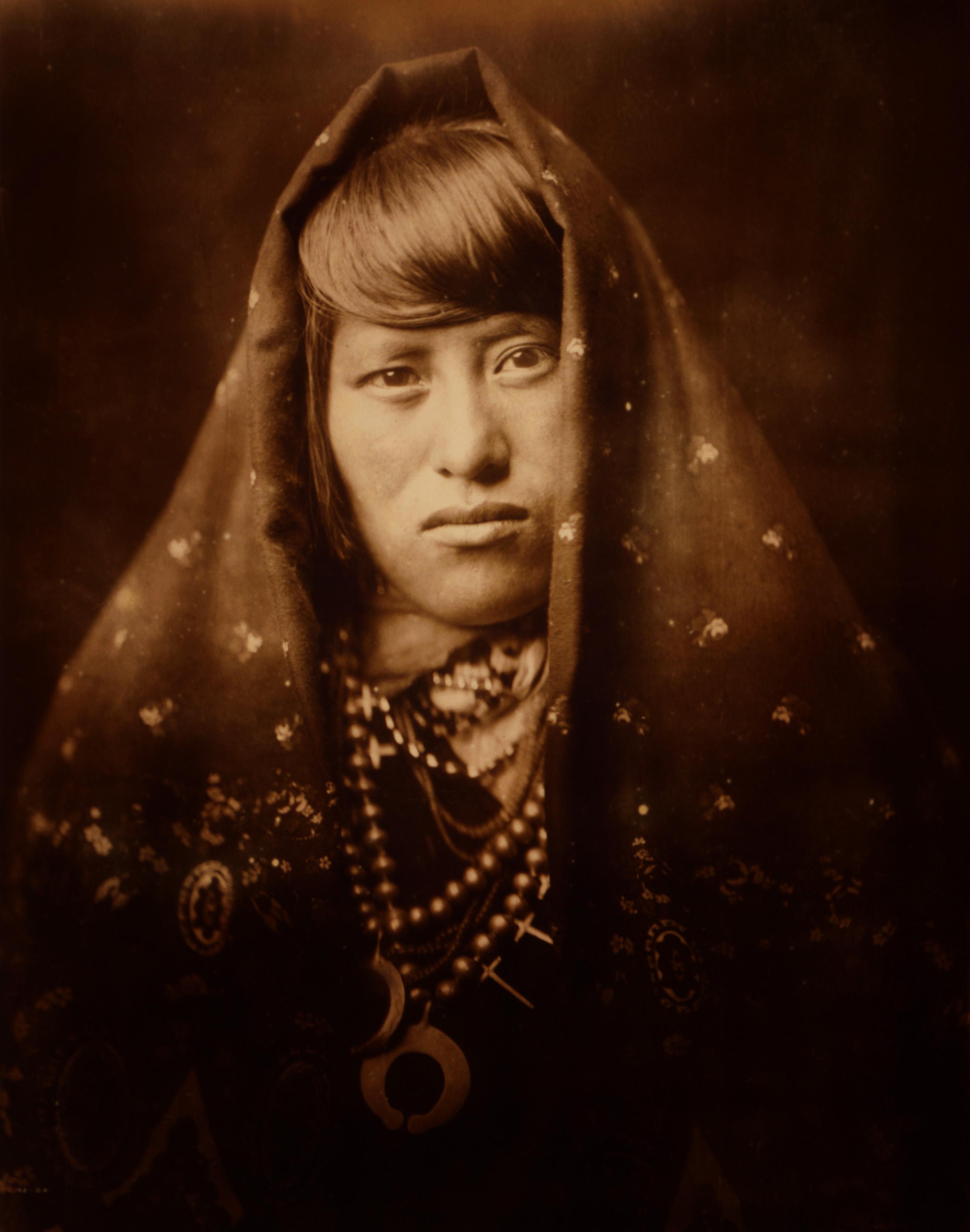 """Résultat de recherche d'images pour """"portrait native women canada"""""""