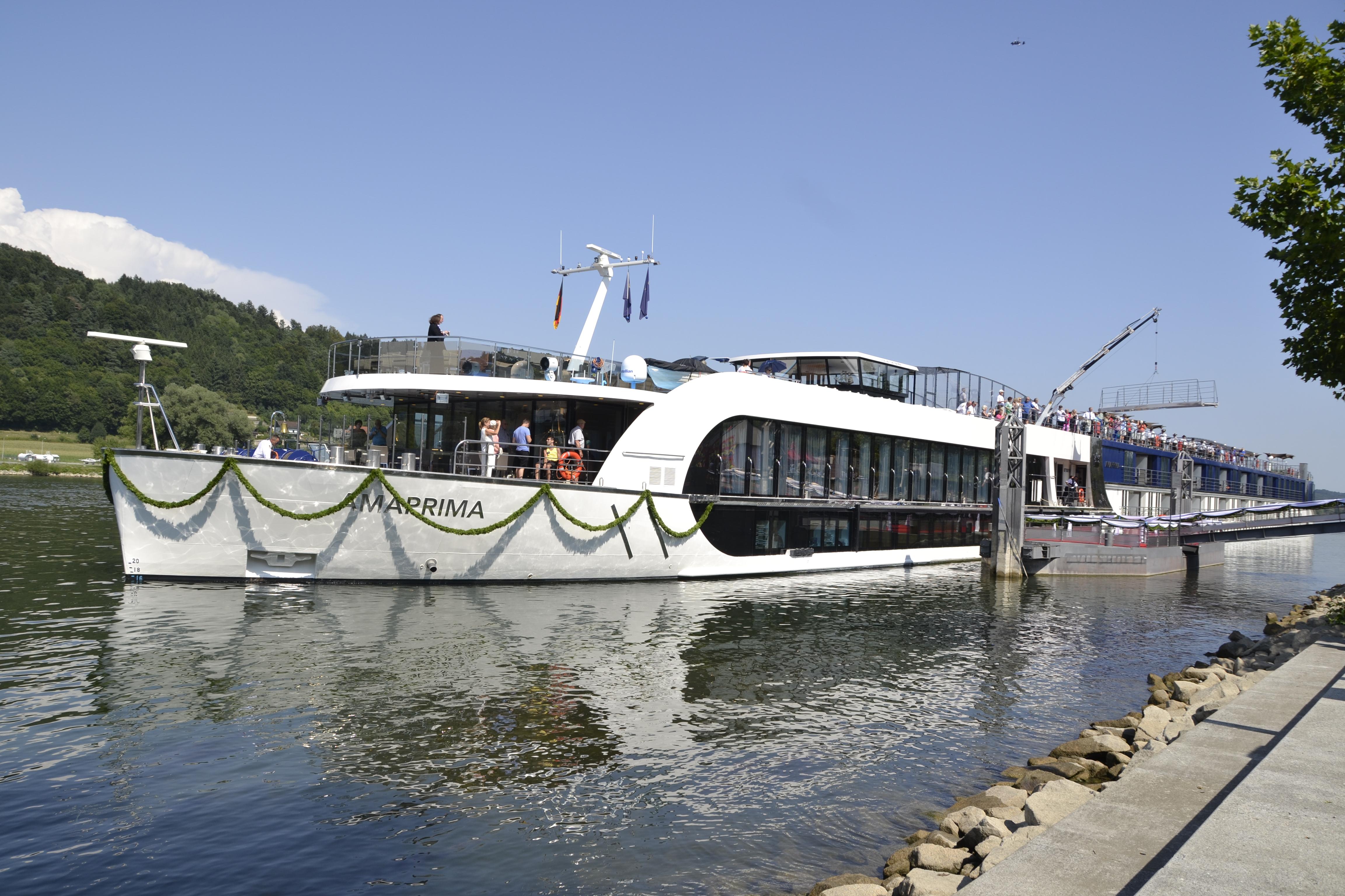 File:AmaWaterways cruise ship AmaPrima -02.JPG - Wikimedia ...