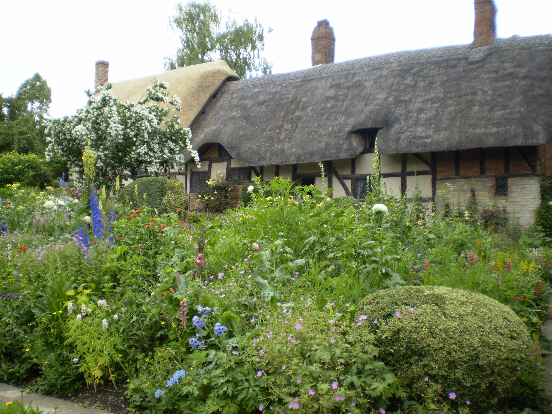 File Anne Hathaway Gardens 2007 1 Jpg