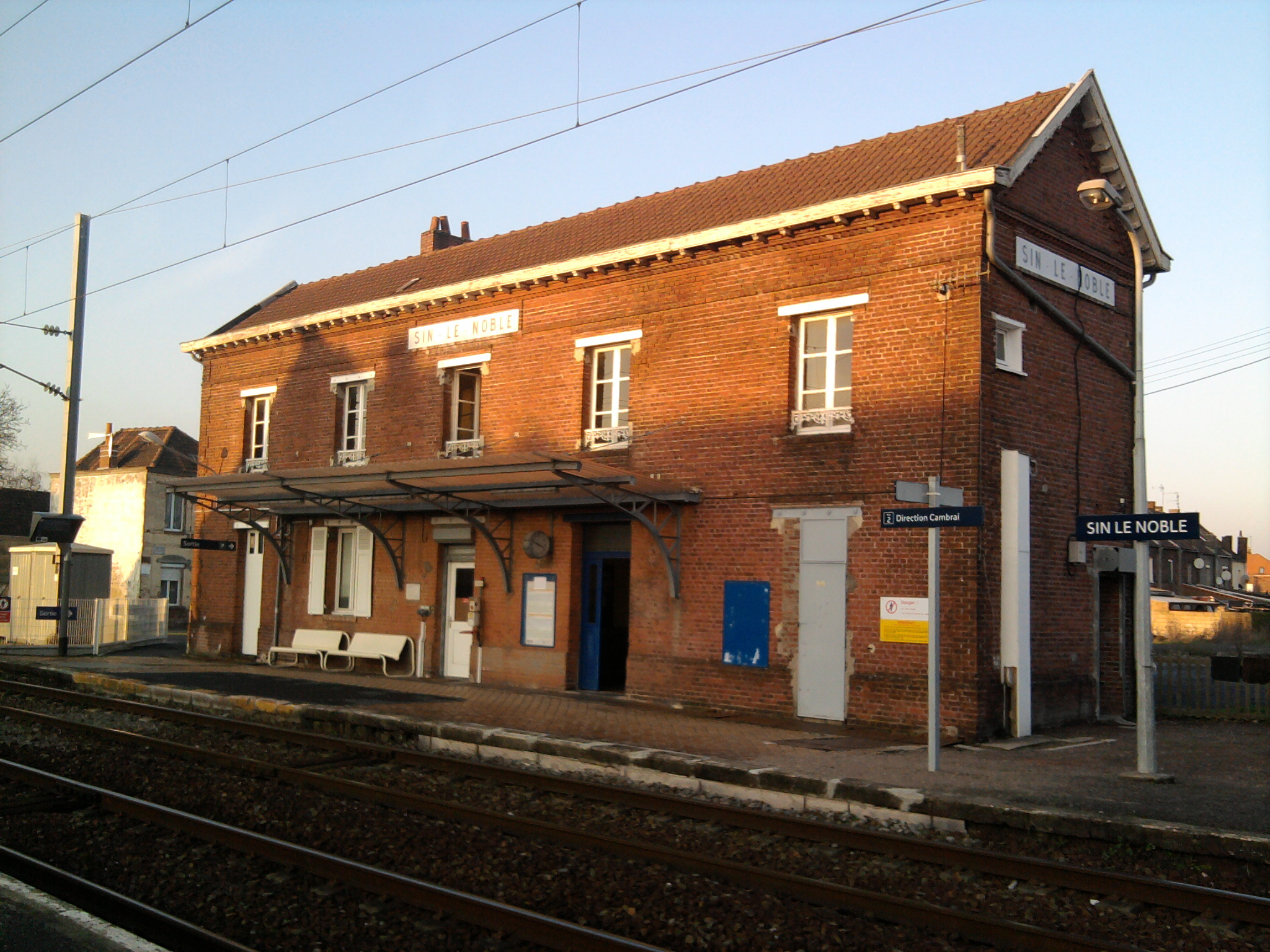 Station Sin-le-Noble