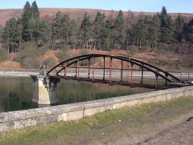 Blaen Brân Reservoir and Blaen-Brân Community Woodland - geograph.org.uk - 366898