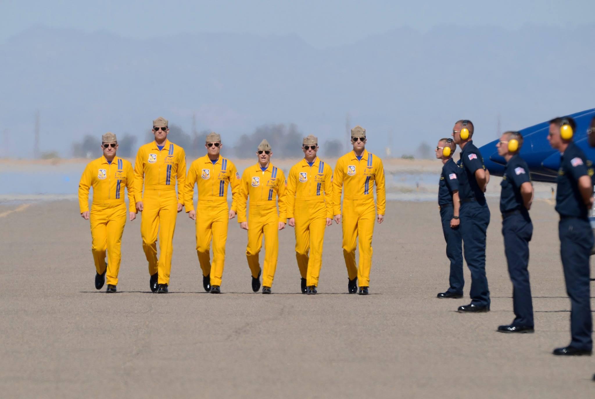 File Blue Angels Flight Demonstration Team 2014 13194011724 Jpg Wikimedia Commons