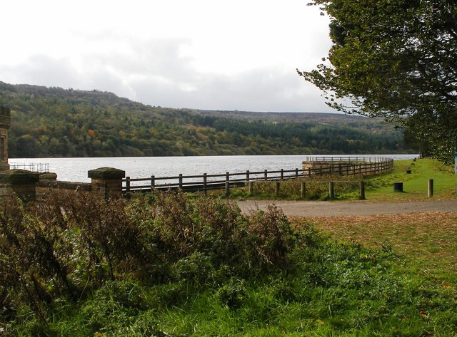 Broomhead Reservoir - geograph.org.uk - 1012681