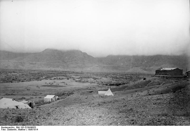 File:Bundesarchiv Bild 105-DSWA0053, Deutsch-Süd-Westafrika, Holoog, Signalstation.jpg