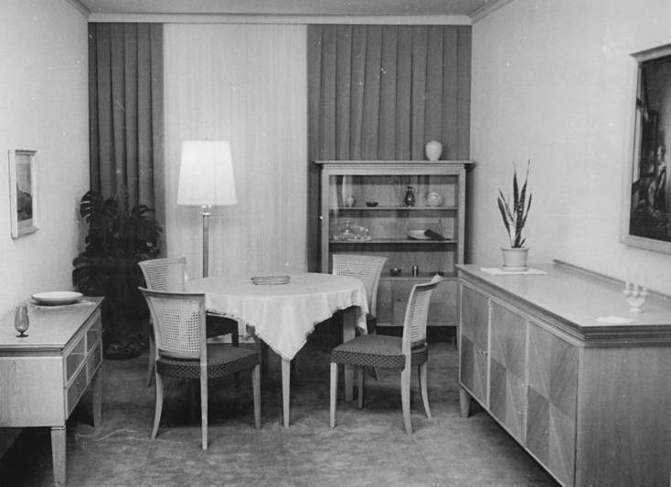 File:Bundesarchiv Bild 183 26244 0243, Wohnzimmer, VEB Deutsche Werkstätten  Hellerau
