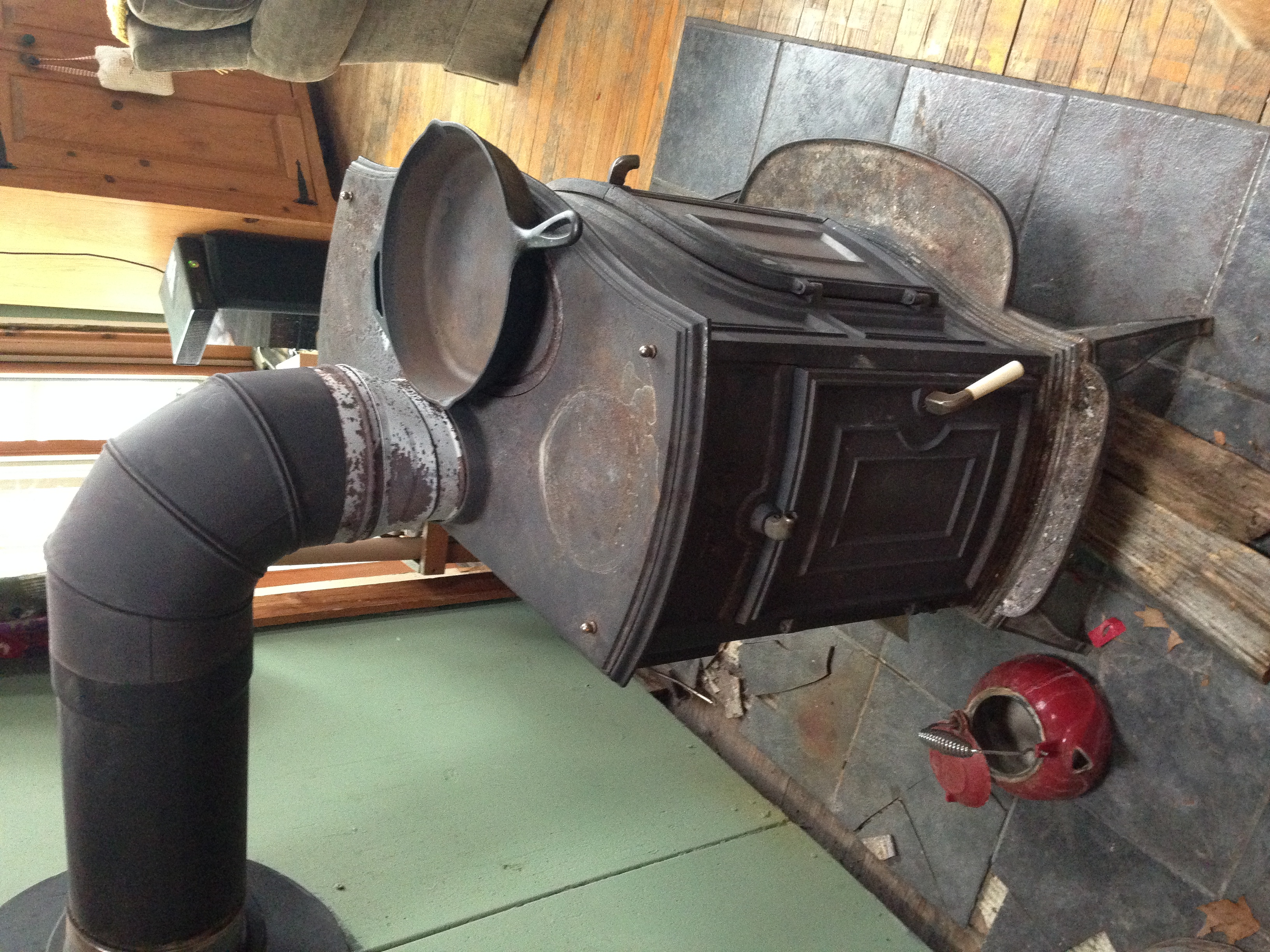 File:Cast Iron Wood Stove.JPG