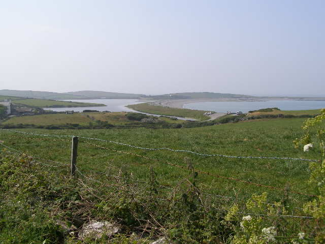 Cemlyn Bay, Causeway and Lagoon - geograph.org.uk - 466898