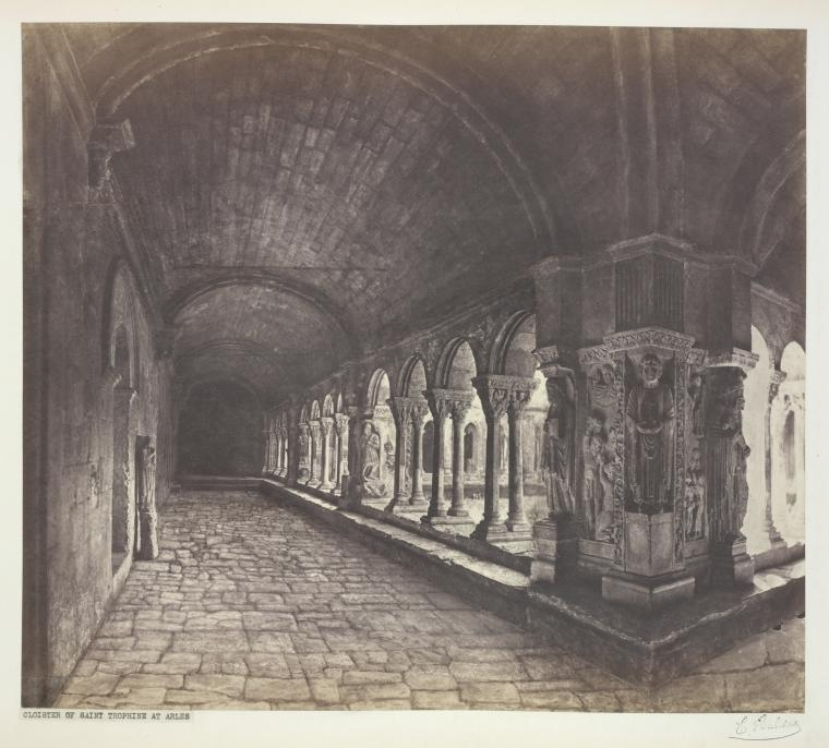 File:Cloister of Saint Trophime at Arles..jpg - Wikimedia ...