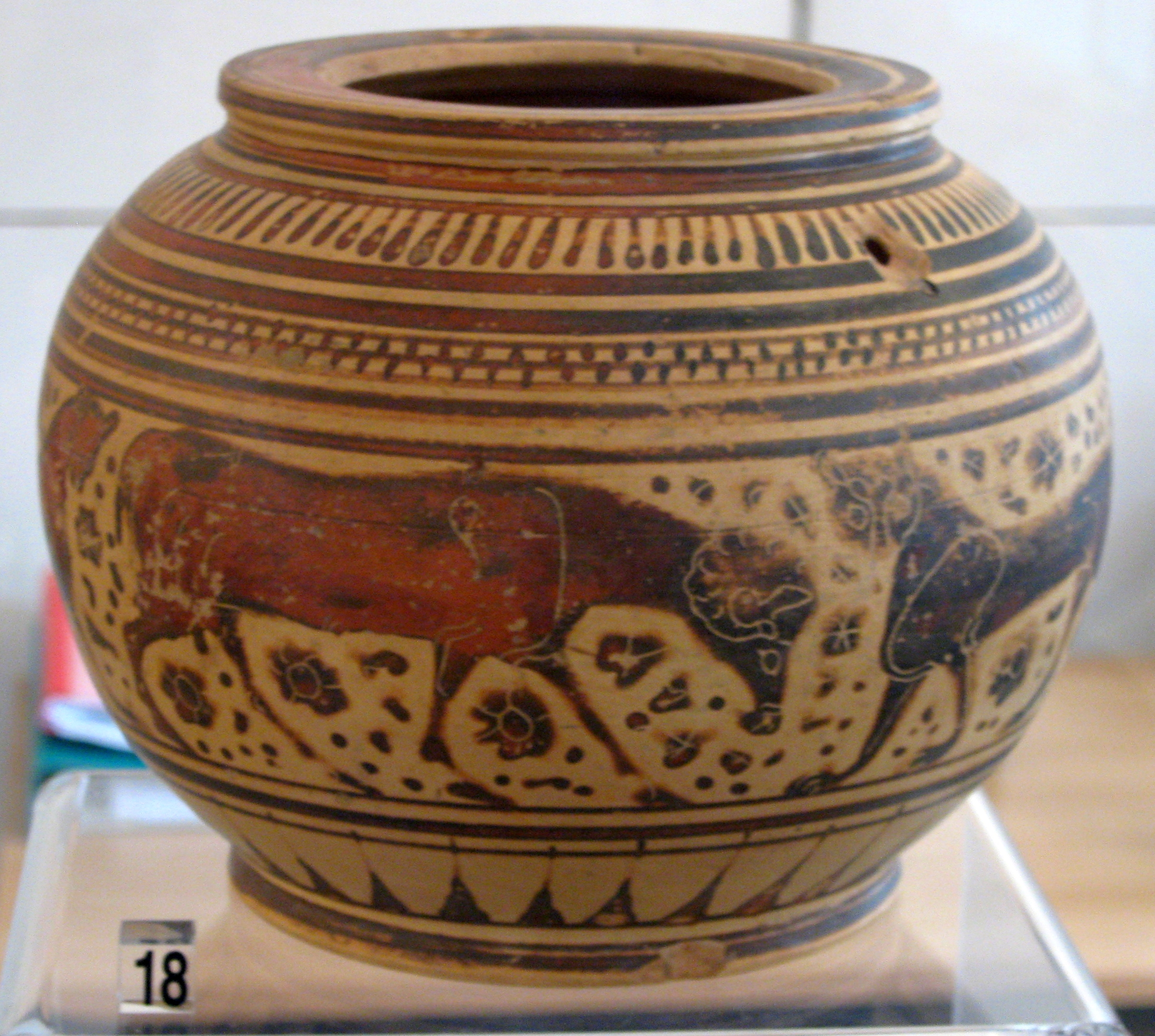 File:Corinthian black-figure Pyxis by the Stobart Painter (Leipzig T 2335)