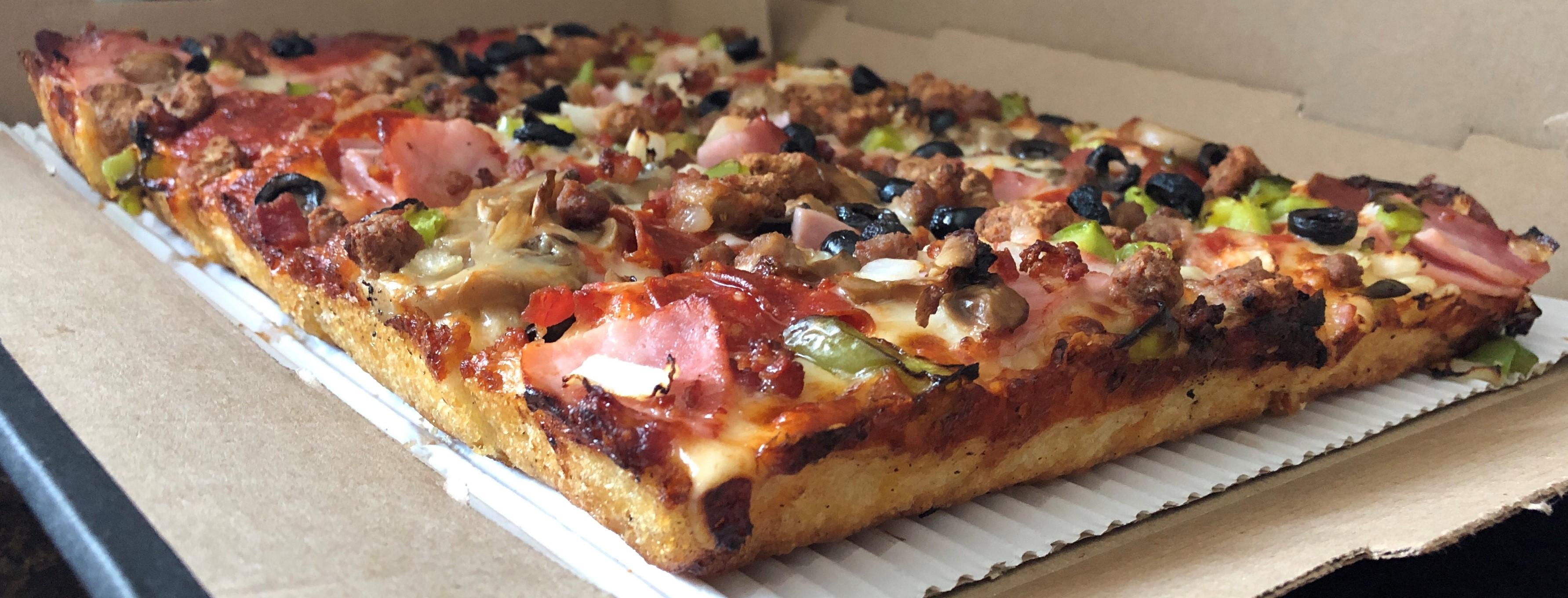 Detroit-style pizza.jpg