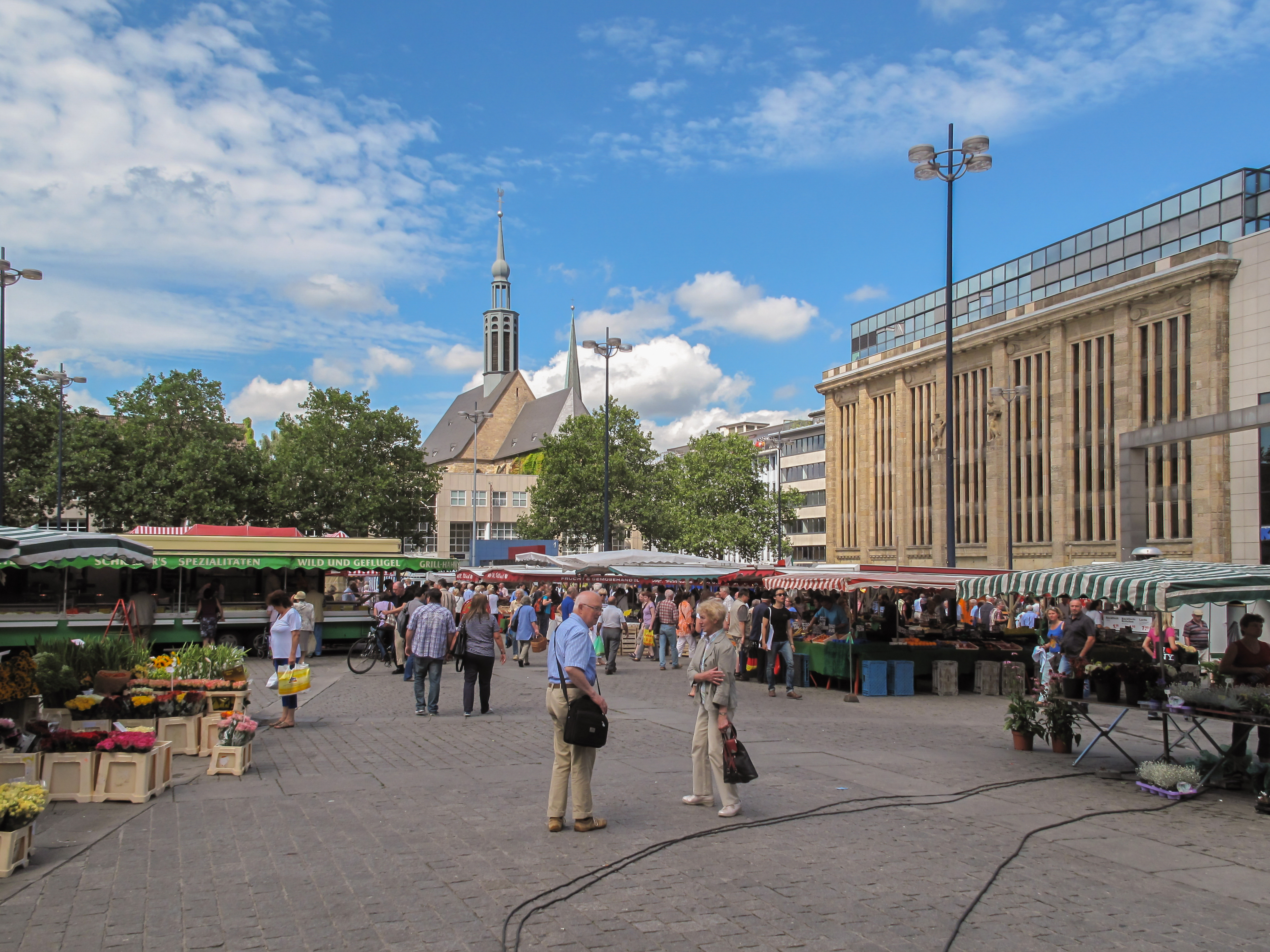 File Dortmund Markt Op De Hansaplatz Foto2 2012 08 04 12