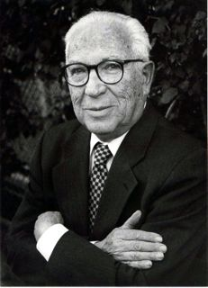Dr-David-Neiman-portrait.jpg