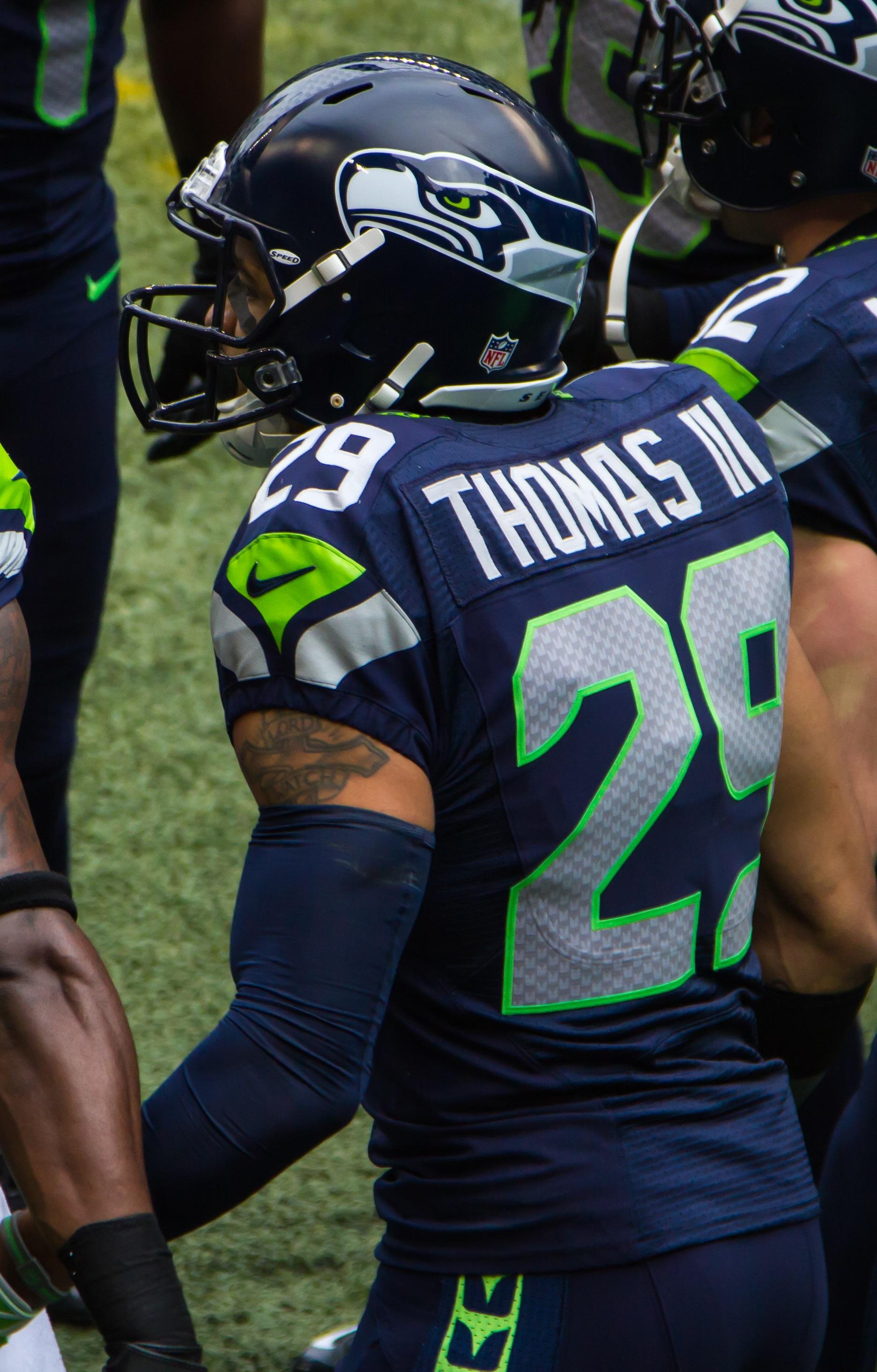 FileEarl Thomas Vs Rams 2013