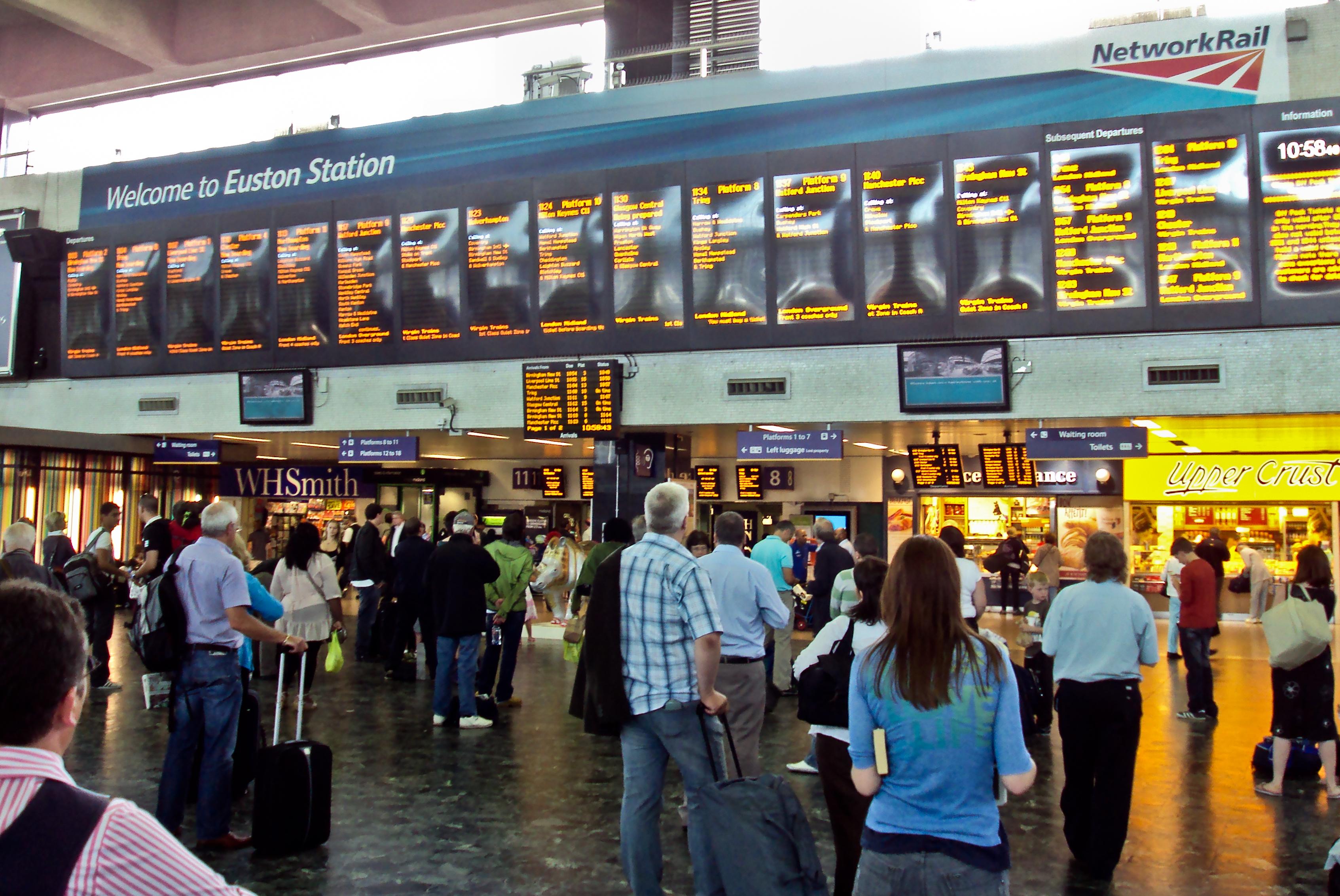 Euston Railway Station Departures Board Dsc06905bearbeitet Jpg