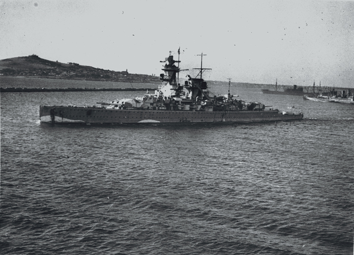 Graf_Spee_in_Montevideo.png