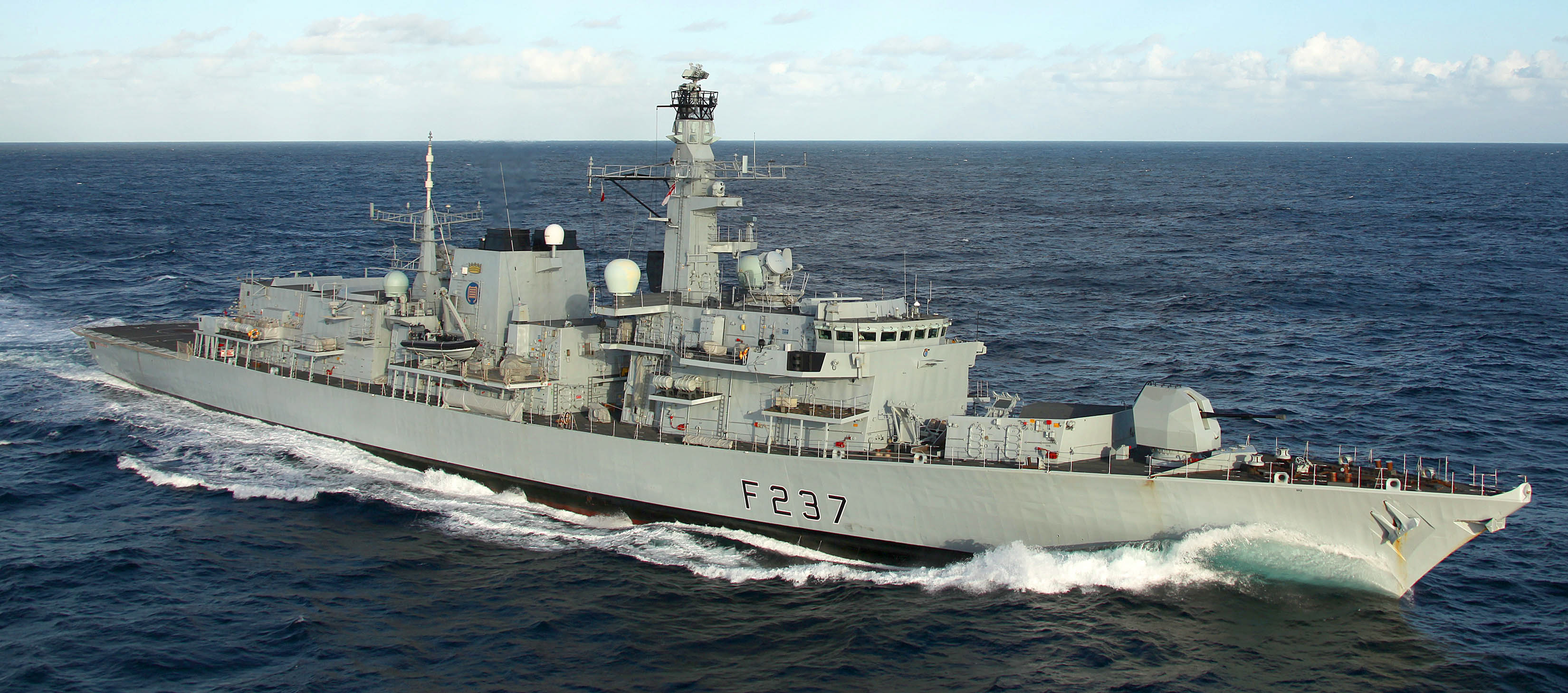 http://upload.wikimedia.org/wikipedia/commons/2/28/HMS_Westminster_Enroute_to_Libya_to_Aid_in_the_Humanitarian_Effort_MOD_45152530.jpg